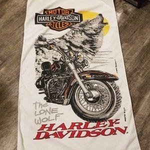 Harley Davidson towel.